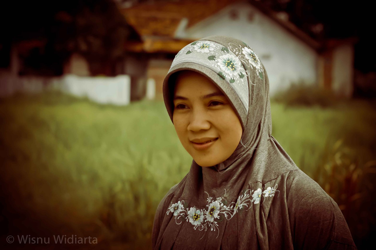 My Lovely Wife, Wilia