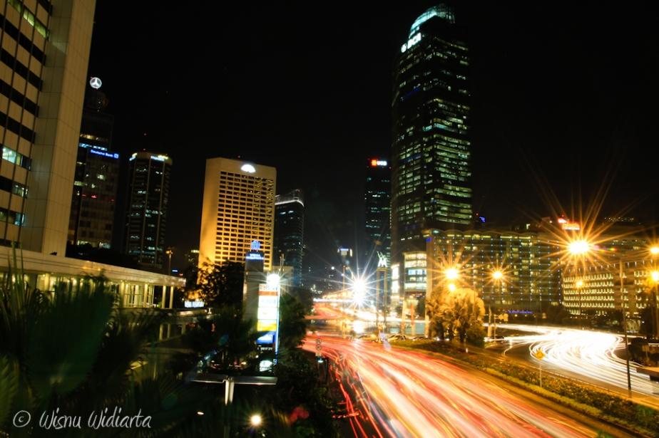 Night Shot @ Bundaran HI with Canon 550D >> 15-85mm