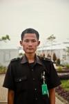 Petugas keamanan yang ramah