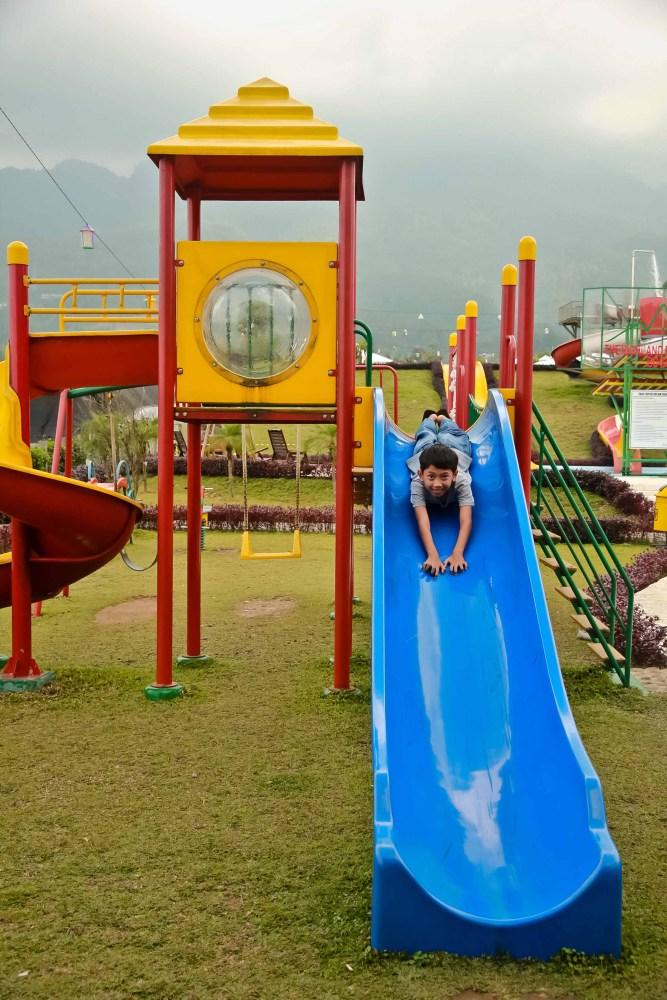 Menginap di Tenda Mongolia @ Highland Park Resort Bogor (3/6)