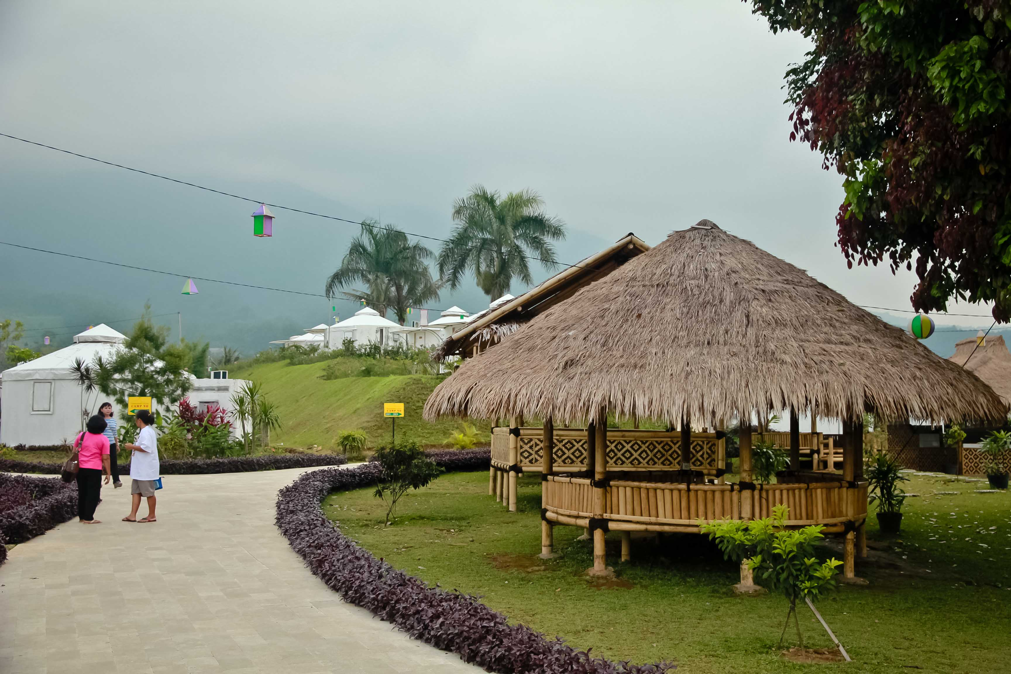 Menginap Di Tenda Mongolia Highland Park Resort Bogor