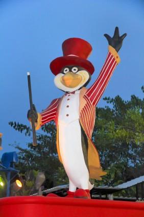 Penguin Statue @ Ocean Park BSD Indonesia