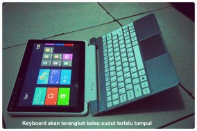 Iconia lebih berat daripada keyboardnya. Pastikan sudut tidak terlalu tumpul