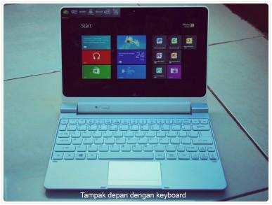 Iconia dengan keyboard
