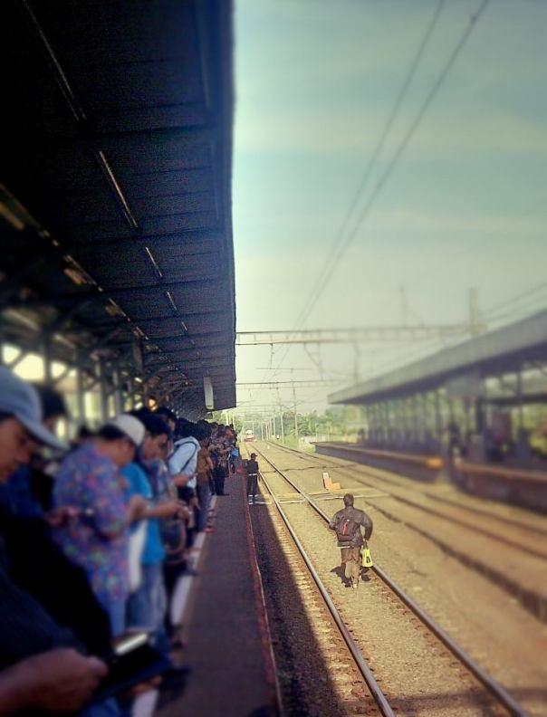 Running toward a train