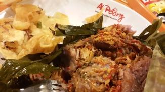 Kuliner di Ah Poong