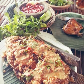 Ikan Gurame Saus Kacang