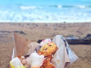Nasi uduk pinggir pantai