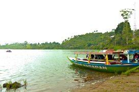 Perahu sewaan