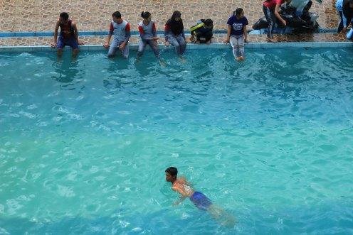 160 cm pool