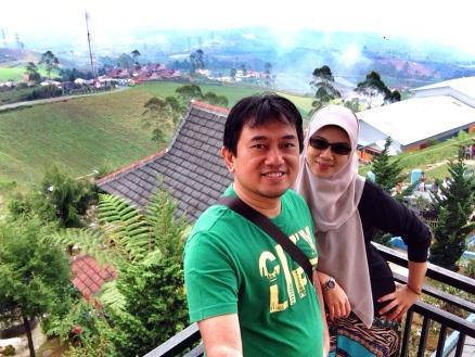 Selfie bersama istri