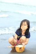 Mengaduk pasir