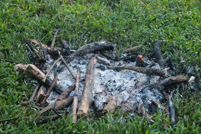 Sisa Api Unggun