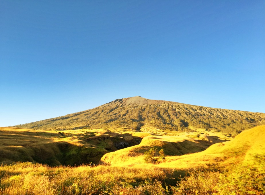 Jalan-jalan ke Lombok dan Mendaki PuncakRinjani