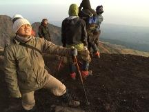 Menikmati pagi menjelang puncak