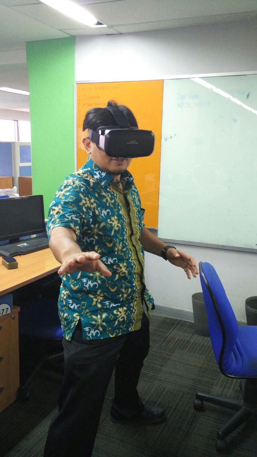 Kacamata Virtual Reality Murah Meriah Untold Contemplation