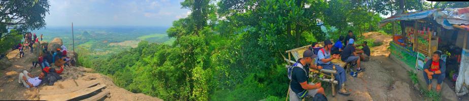 Ekspedisi ke GunungMunara
