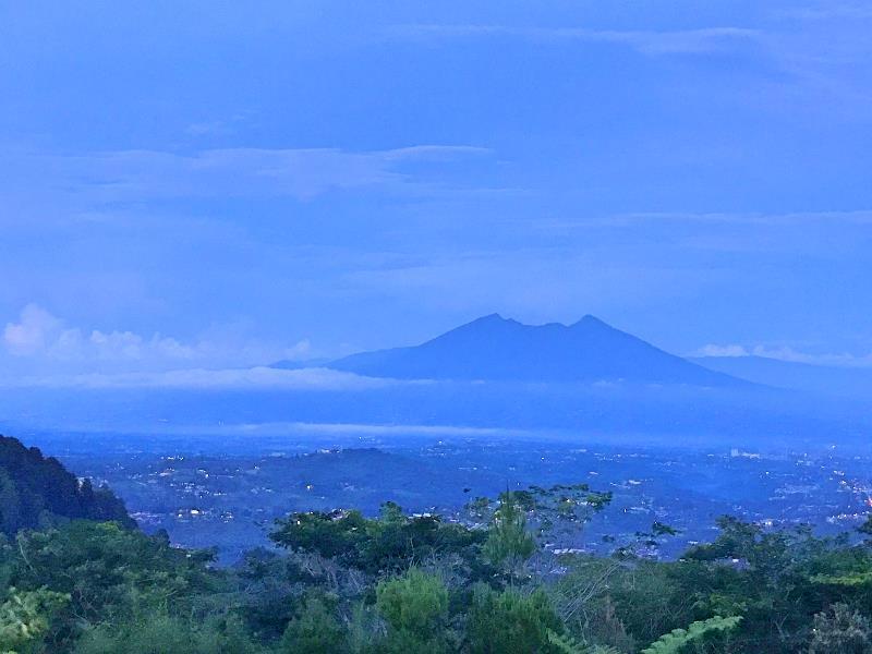 small_blue_mountain