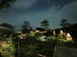 small_night_villa