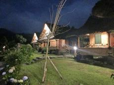 small_villa_night