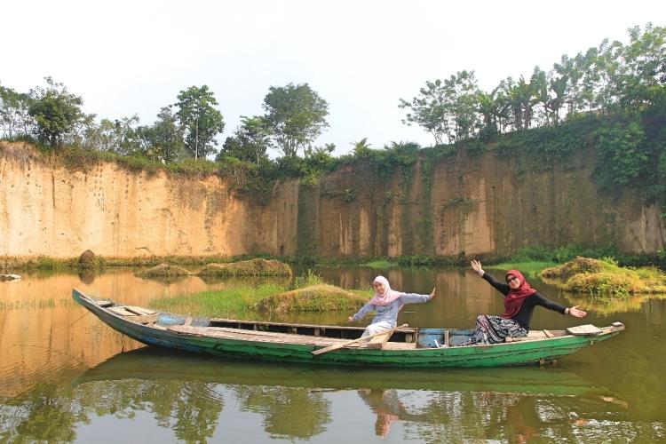 berdua_boat
